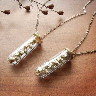 * Coucoubird * white flower necklace tubes