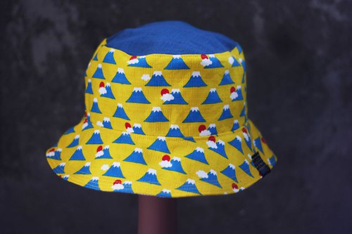 Only two Mt. Fuji mosaic two-sided fisherman hat