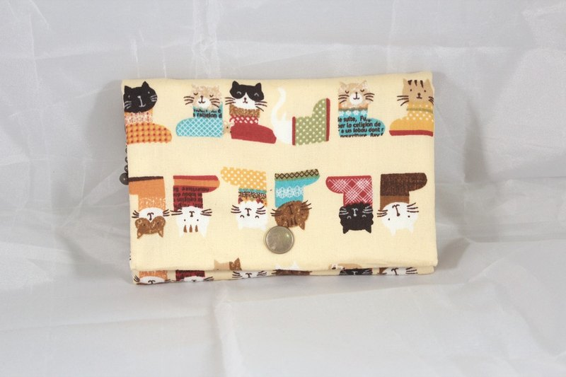 Multilevel purse - yellow boots cat