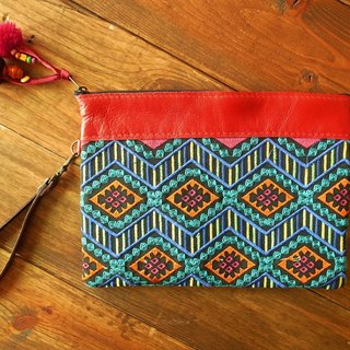 【Grooving the beats】[ Fair Trade] Hmong Wristlet Emboridery Clutch With  Leather Trim Handmade Thailand / Cosmetic Bag(Multi Diamond Pattern_Pink)