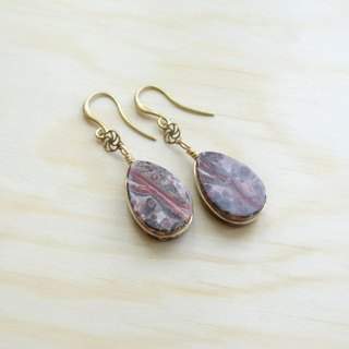 Downton-Winter。Leopardskin Jasper Flat Teardrop Antique Brass Drop Earrings