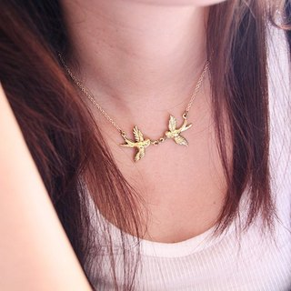 Two Swallows Golden Pendant Necklace / Tiny Gold Brass Jewelry / Girls Woman Fashion Accessories / Pop Rock Vintage Style Jewelry
