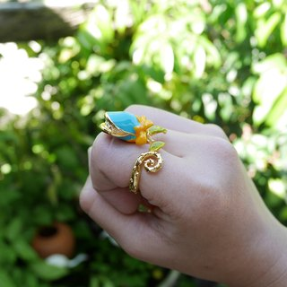 Glorikami Blue Wonder Hunting Flower Ring