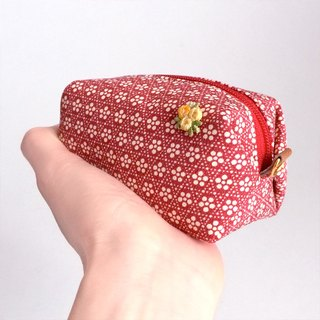 Pouch with Japanese traditional pattern, Kimono (Small)