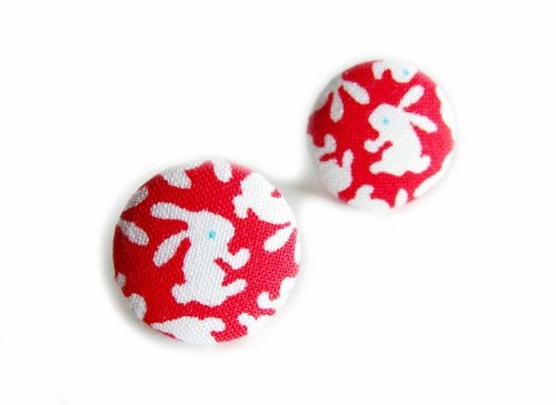 Bright red cloth buckle earrings clip-on earrings white rabbits do