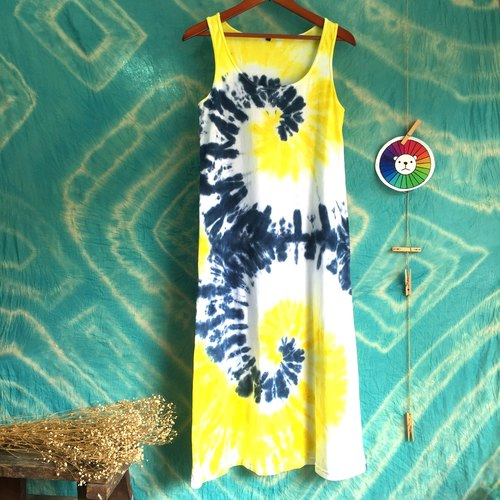 Hand-dyed tie-dye tie dyed cotton dress hit the color