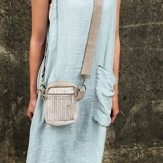 【Grooving the beats】Handmade Hand Woven Side Bag / Cross Body Bag(Khaki)