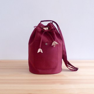 Dark red suede cloth decorated with leather decorative bucket bucket shoulder bag