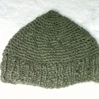 Elf hat - both men and women wear appropriate