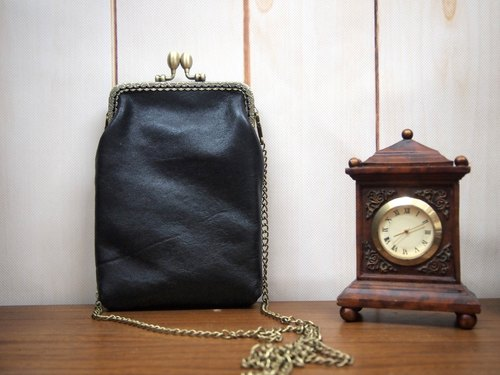 Hand-stitched black leather messenger bag mouth gold by Fabula Design custom carry bag bag retro phone package