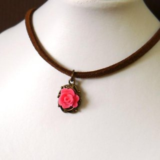 Light you up vintage roses suede necklace