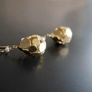 【14 KGF】 Earrings, Matt Gold Dotted Teardrop, AAA Fresh Water White Pearl