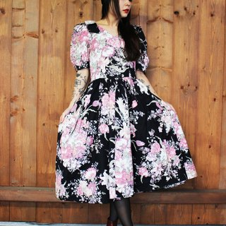 F803 (Vintage) black with big pink flowers shoulders bow short-sleeved vintage dress (wedding / picnic / party)