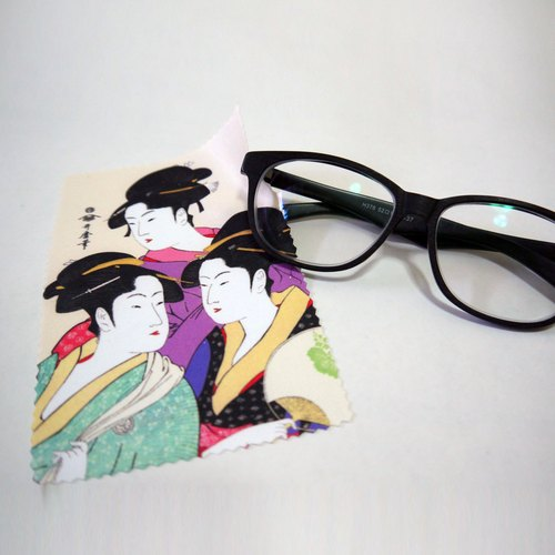 Japanese ukiyo-e lens cloth swab / glasses cloth - Kansei three beautiful