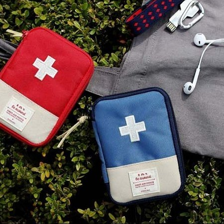 2NUL-Around First Aid Kit - Blue Cross, TNL83430
