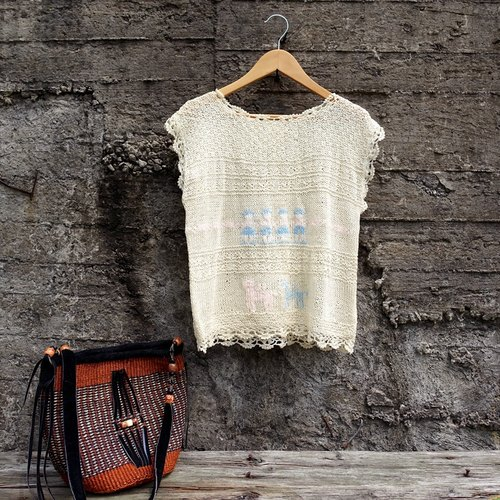 BajuTua / vintage / 1980's mother brand Camel men beige crochet yarn blouse summer