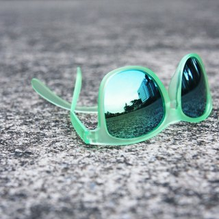Sunglasses│Green Frame│Golden Green Lens│UV400 protection│2is Midori