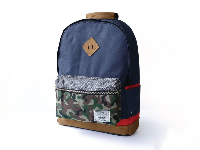 Matchwood Outdoor Piggyback Backpack 17 in. Camo Blue