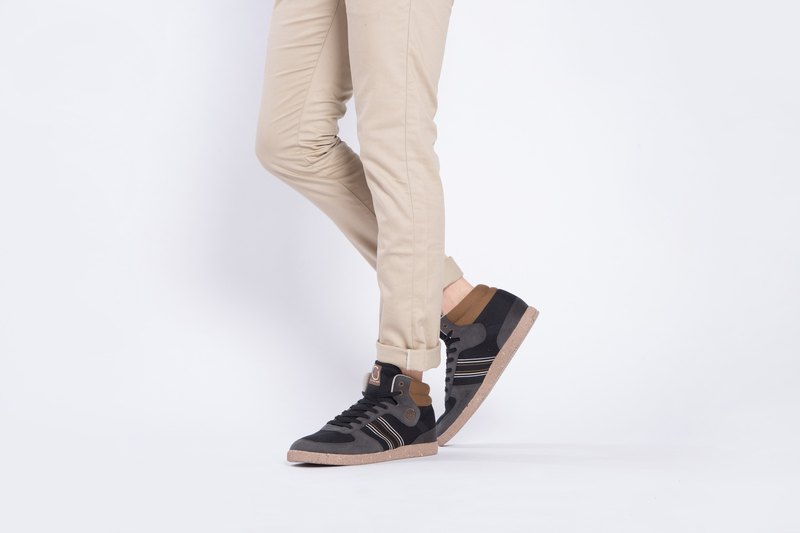 寶特瓶製休閒鞋  CEVENNES 高筒    茶棕色    男生款