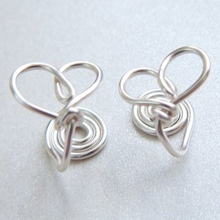 Metal-Hand-made Heart Ear clip - bright silver (handmade. Lucky. Gift. Jewelry. US imports. Ear clip. Gift box.