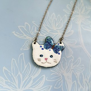Enamel butterfly necklace cat