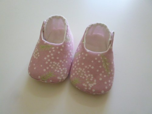 Pu British public pale purple baby shoes baby shoes births ceremony