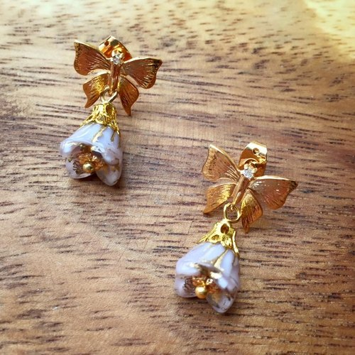 [Atelier A.] cool glass flowers and butterflies Earrings