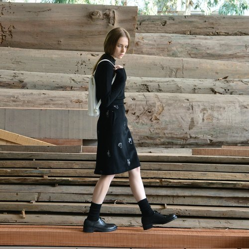 WINTER MSKOOK skirt skirt embroidered black gesture Wool Skirts