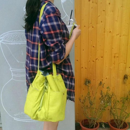Light travel bucket bag - sour apple green