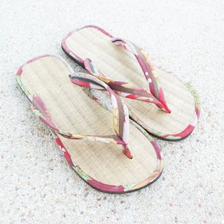 ATIPA Jandals for beach and easy travel.