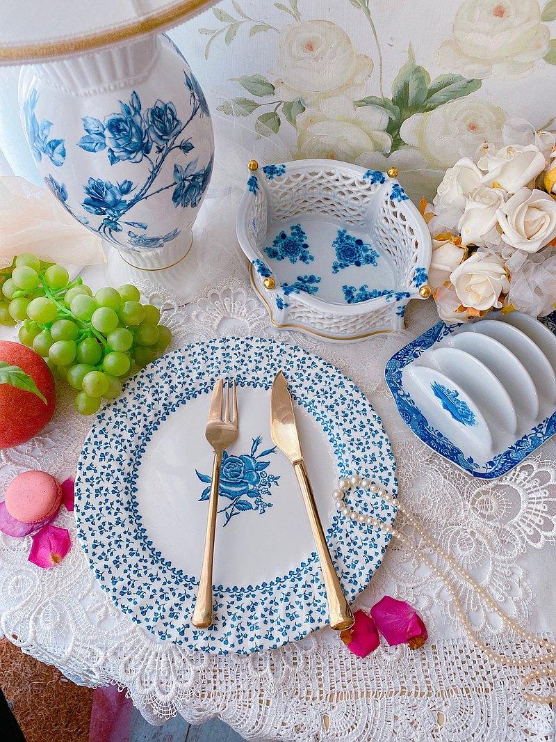 英國骨瓷 1950年 手繪沽藍玫瑰鄉村風蛋糕盤 點心盤水果盤餐盤