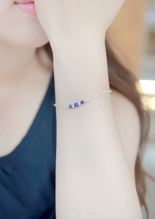 Hand x 925 sterling silver natural gemstone lapis lazuli bracelet [x] temperament simple = low-key gorgeous (Christmas gift exchange)