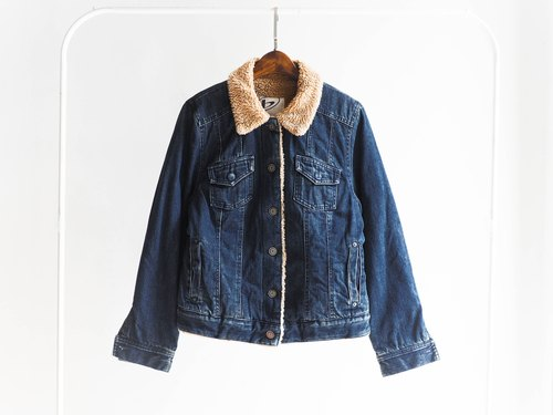 River Hill - Current antique blue moonlight pounds thick lamb's wool denim jacket vintage denim denim vintage oversize