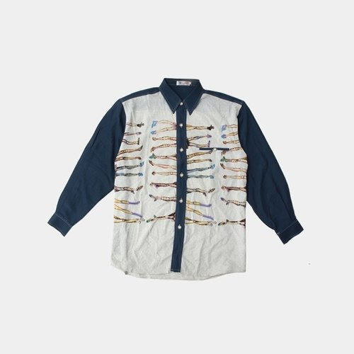 │moderato│ lot of leg hit color stitching embroidered shirts │ forest retro vintage romance. French Paris