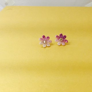 Tonghua lace clip earrings
