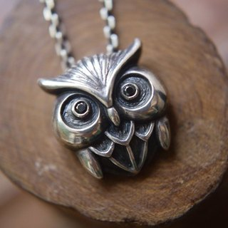 [Silver] hand-Petite Fille birds wisdom - Sterling Silver Necklace Owl