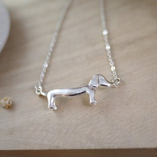 [Jewelry] Jin Xialin ‧ mini dachshund dog necklace gold / silver color