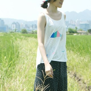 Comfortable soft cloth U-neck vest (white) two patterns: I LOVE YOU, PANDA. / Creek, sea, sand