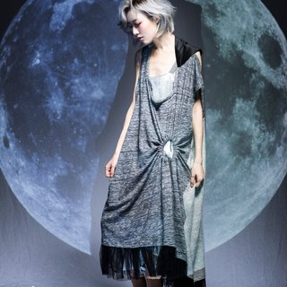 moi non plus a lunar eclipse dress