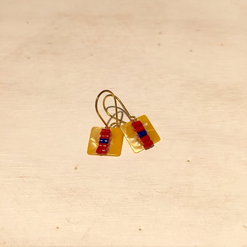 ololssim yellow retro square ethnic earrings