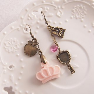 ◎ Crown Princess Snow White fairy tale x x x Apple x Mirror Castle x asymmetrical ear clip earrings hook /// /// stainless steel ear hook