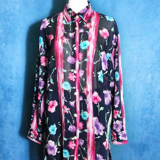 Long-length watercolor printed long-sleeved vintage shirt / brought back to VINTAGE abroad
