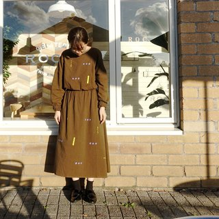 Sparkling dots, beam beautiful retro brown color long sleeves elastic waist pocket dress
