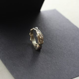 The body of the female body NO.4 silver ring