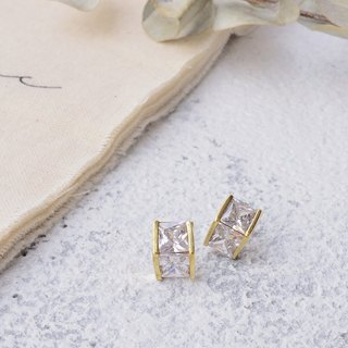 Handmade earrings in brass with zircon , tip