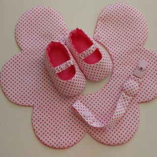 Pink flowers gift little births bibs + baby shoes + pacifier clip