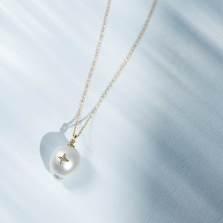 La Robe De La Mer - Necklace - Pearl × K 18 YG / K 18 PG × Chain K 18 YG / PG × Diamond 0.007 ct