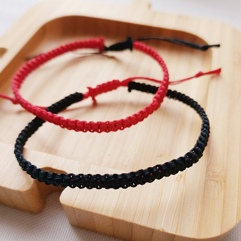 French grandma lucky black and red braided bracelet in two colors