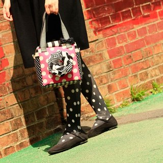 cube handbag Femme Fatale with black&white corsage Pink dots borders