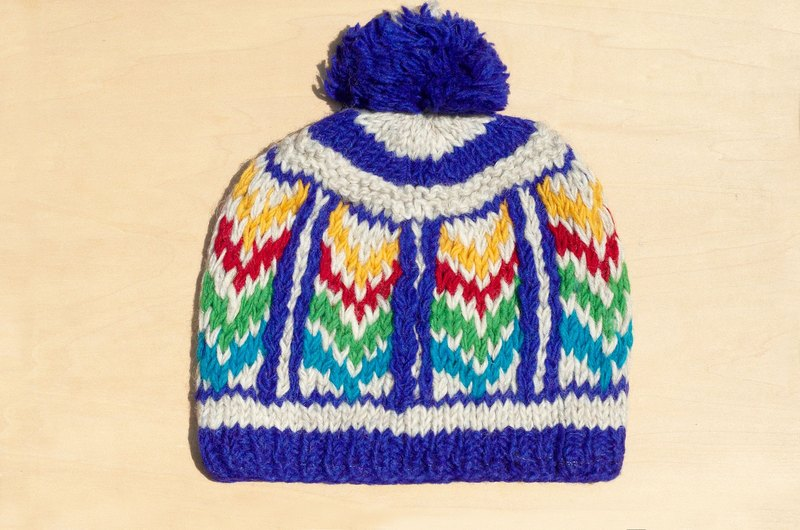 036ce7bcc6d Christmas exchange gifts hand-woven pure wool hat   knitted caps   bristles  hand-